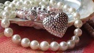 Historia : El collar de perlas - Beneficios del desapego material.