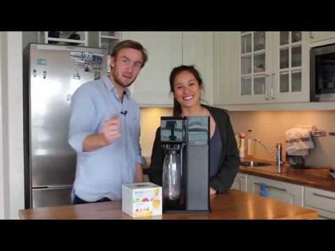 Thea og Tobias Tester Ting: «SodaStream Play»
