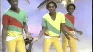 Gibson Brothers - Cuba (1979) (Disco 70´s 6)
