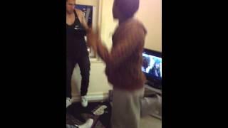 Fat man scoop dance lol