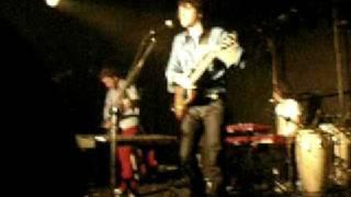 Tahiti 80 - Brazil (Live in Taipei) Xav:wat do u say it's cool?