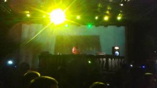 Joey Negro playing The Djoon Experience Ft. Kenny Bobien - Old Landmark @ Nishville 15/06/2015 pt1