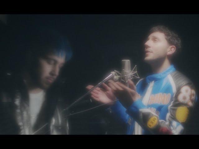 Videoclip oficial de la canción Gave your Love Away de Majid Jordan