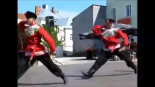 Extreme Russian Dancing