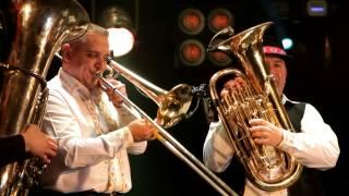 Valentin Uzun & Tharmis - Nunta-n sat (Concert 19 martie 2014)