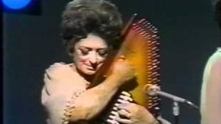 Mother Maybelle Carter autoharp solo (live 1970)