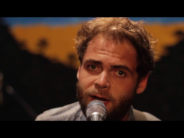 "Video oficial de ""Let her go"" de Passenger"