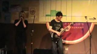 Nelly Furtado feat Steve Vai - I'm Like a Bird (E.P. Taylor's Got Talent Show 2010)