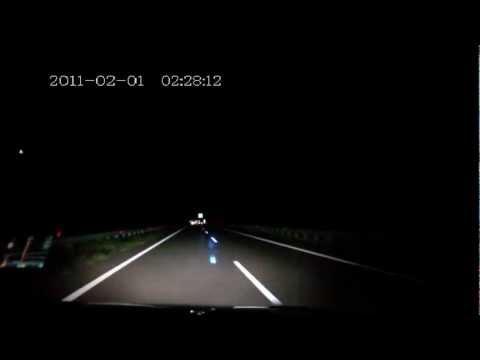 Rowerzysta na autostradzie... w Rosji...