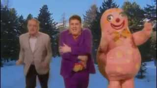 [Is This The Way To] Amarillo - Tony Christie Feat. Peter Kay - Comic Relief 2005