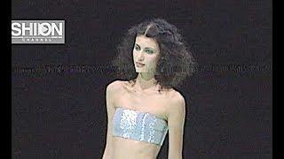 EMPORIO ARMANI Fall 1999 2000 Milan - Fashion Channel