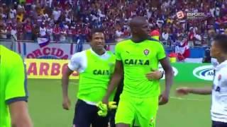 Briga entre Vitória x Bahia ao som de música de ação do naruto