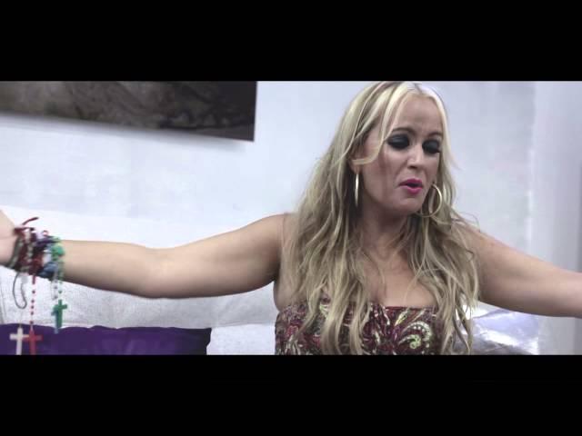 Videoclip de La Húngara ''Déjame Volar''.