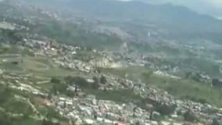 Video da Cabine do Avião aterrisando em Honduras.avi