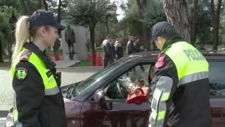 Ermelinda, policja që feston 8 Marsin në patrullim - Top Channel Albania - News - Lajme