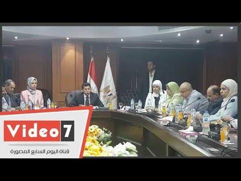 وزير الرياضة يكشف خطة عودة الجماهير المدرجات