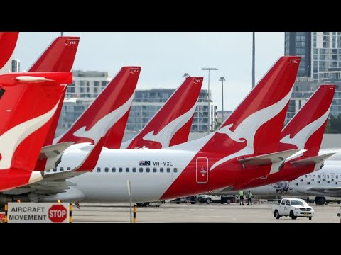 Qantas Sees International Travel Restarting in October: CEO