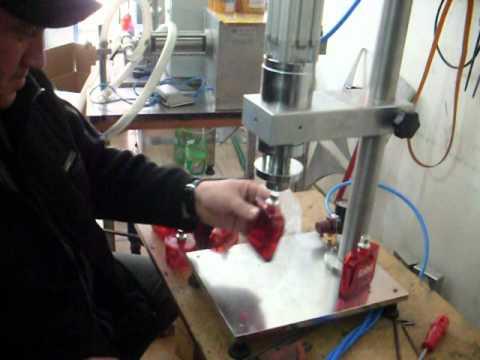Parfüm Pens Kapama Makinesi - HALİL MAKİNA