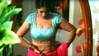 ఇలాంటి వీడియోస్ చుస్తే నైట్ నిద్ర పట్టదు Actress Jayavani Scene | పుత్రుడు width=