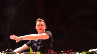 Hardwell toca baile de favela no Tomorrowland