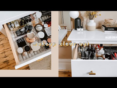 CLEAR OUT & DECLUTTER MY MAKEUP WITH ME | I Covet Thee