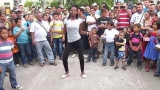 Garífunas Bailando punta