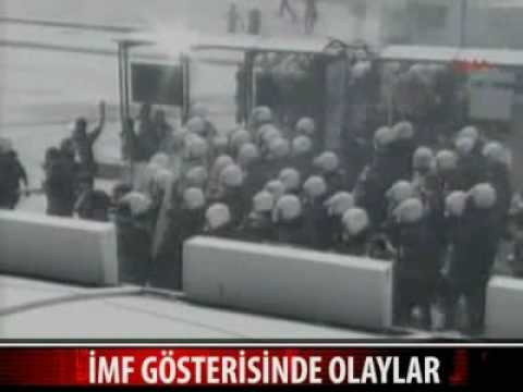 İMF protestosunda Taksim Savas Alanina Döndü!IMF DEFOL!