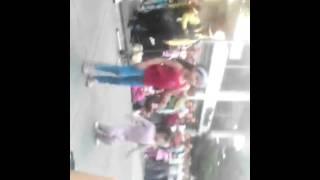 Nena chapina bailando la chapa