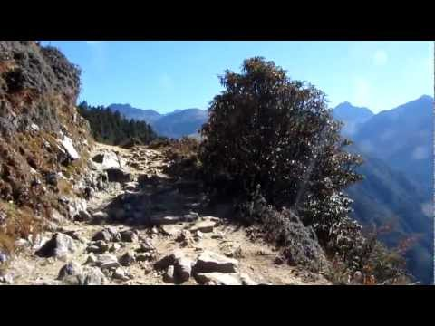 Martin in Nepal 2012 – Panorama auf dem Trekking