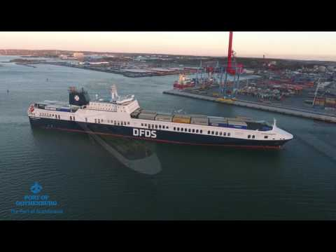 DFDS Ficaria Seaways calls at the Port of Gothenburg