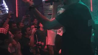C.I.A. - Strazile de-aici (live clip) Tinie Tempah