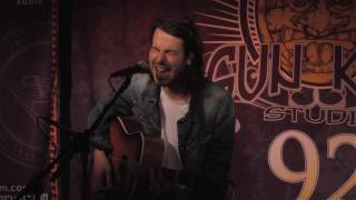 "Bobby Bazini ""Where The Sun Shines"" (Live In Sun King Studio 92 Powered By Klipsch Audio)"