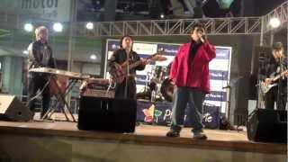 Grupo Yesterday (Perú) ft. José Antonio Bustamante - Cuando calienta el sol.MP4