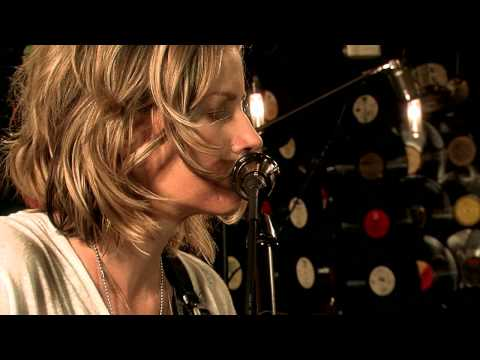 katie-herzig-lost-and-found-music-video-live-acoustic-performance-betarecords
