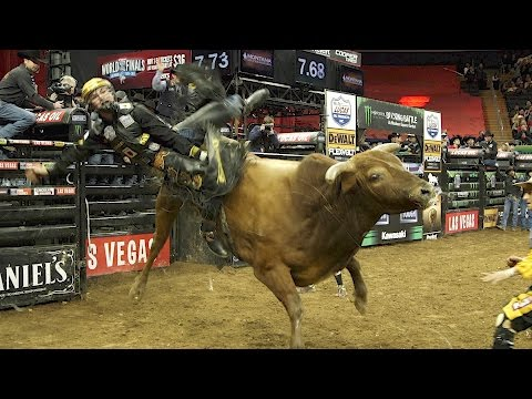 This 19-year-old cowboy made $117,000 for 32 seconds of work
