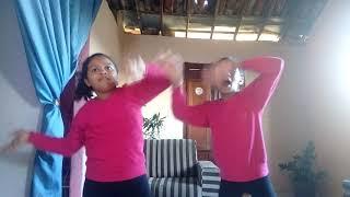 Dançando funk gospel guerreiro de Hebrom