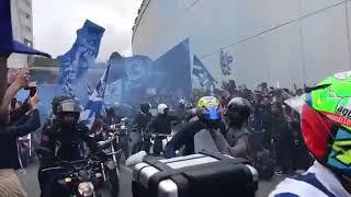 Super Dragões na saída da equipa para a Madeira