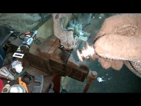 Подклинивание тормозного суппорта рено сценник и его ремонт