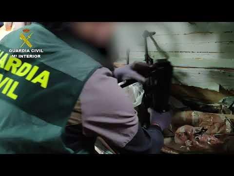 La Guardia Civil interviene en Málaga un arsenal de armas del narcotráfico