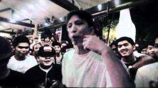 FlipTop- Dello vs. Kial..wmv
