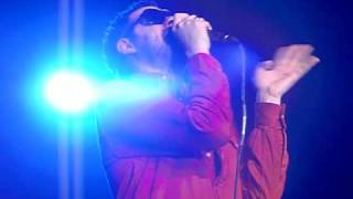 KASABIAN - Thick As Thieves - Berlin 01/06/2010