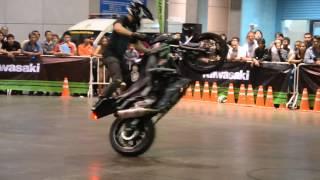 Freestyle Motorcycle with Kawasaki Z250 | Freestyle Motor