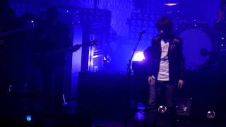 Arctic Monkeys - 505 (feat. Miles Kane) (live@Admiralspalast, Berlin, 20th june 2011) (cut)