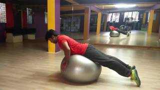 Core workout with Stability ball | Trihedron |