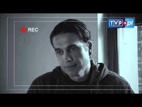 """Choć pierwszy sezon """"Głębokiej wody"""" nie cieszył się oszałamiającą oglądalnością, serial został doceniony na wielu międzynarodowych festiwalach. TVP podjęła decyzję o kontynuowaniu go. Już powstają zdjęcia do drugiej serii."""