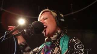 "Alice Russell: ""To Dust,"" Live On Soundcheck"