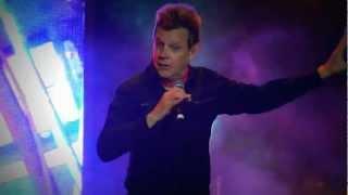 Willy Iturri de GIT - Tarado de Cumpleaños ( Plaza de Abastos, La Florida, Santiago - 15.09.2012 )
