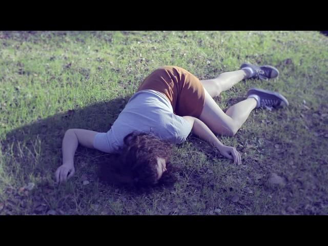 Videoclip ''White Glare'' de Marina Gallardo.