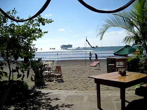 Beach bar in SJDS, Nicaragua.AVI