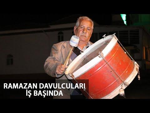 İstanbul'da Ramazan Davulcuları Vatandaşları İlk Sahura Kaldırdı